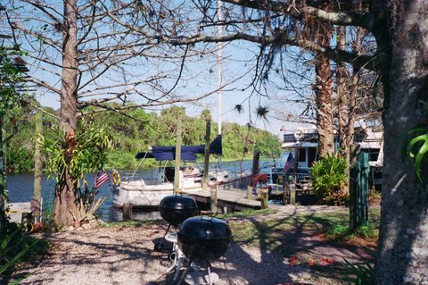 Caloosahatchee River Rialto Harbour