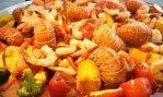 This tasty seafood medley is typical of Florida festivals