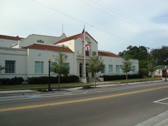 Wauchula City Hall