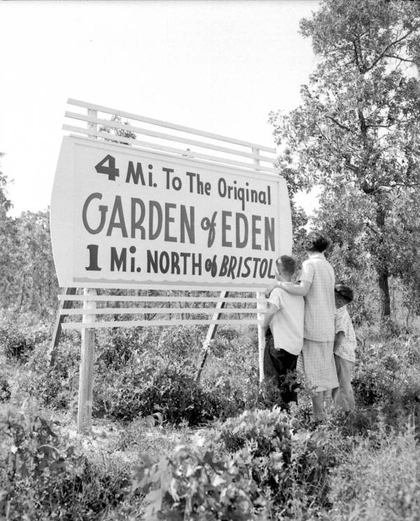 Bristol, Florida Garden of Eden Sign