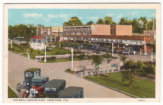 Avon Park Florida Mall Postcard