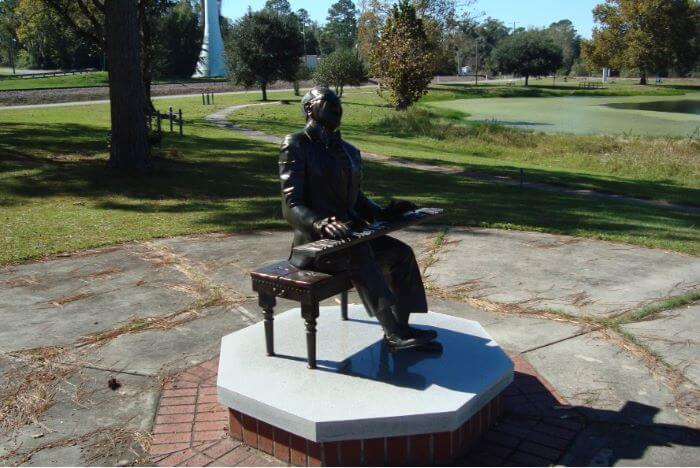 Statue of Ray Charles in Greenville