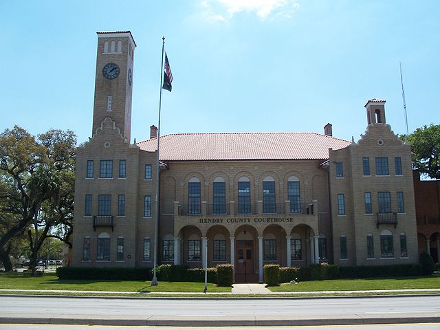 LaBelle, Florida.  Hendry County Courthouse