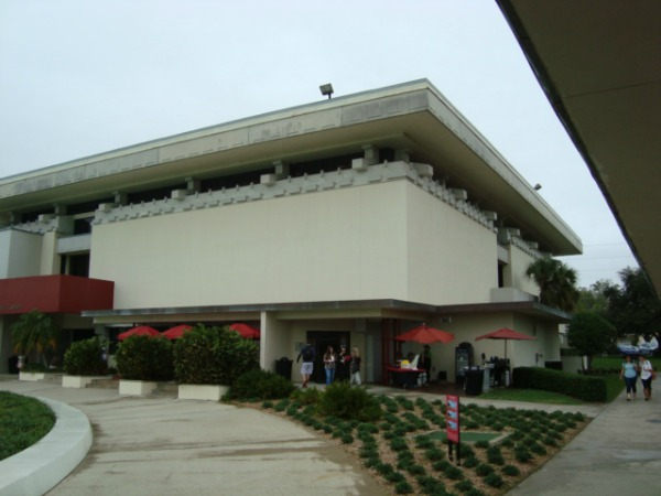 A Frank Lloyd Wright Building at Florida Southern College