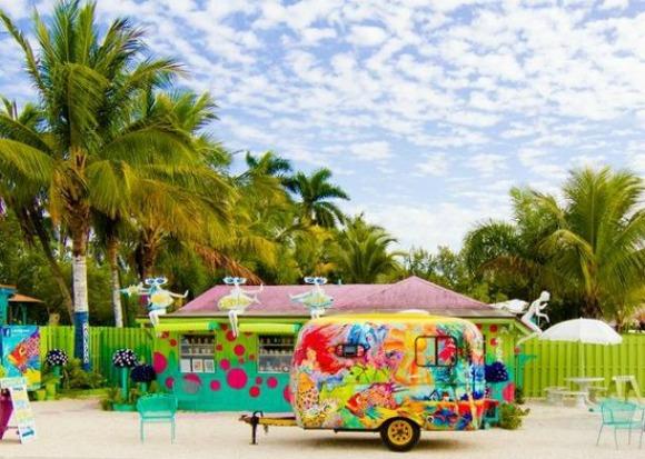 Pine Island, Florida: Matlacha, Pineland, Bokeelia, St ...