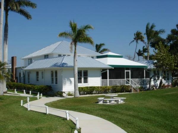 Tarpon Lodge in Pineland (Pine Island)