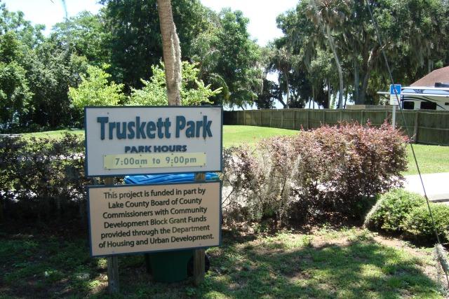 Truskett Park in on Lake Apopka in Montverde Florida