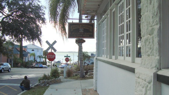 Pisces Rising Is In The Heart Of Downtown Mount Dora It S Outside Bar And Dining Deck Has An Expansive View Lake Locals Tourists Alike