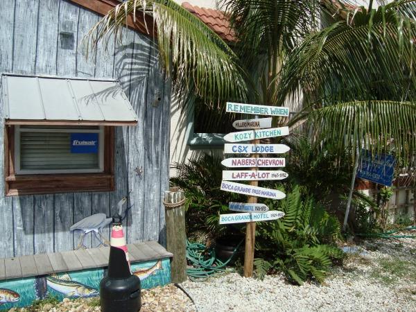 Boca Grande Florida direction sign