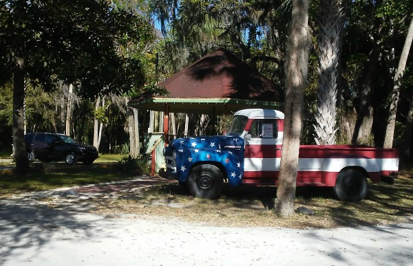 A Crystal River Patriotic Truck