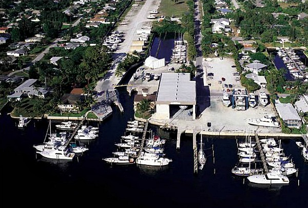 Boatyards and Marinas on Manatee Pocket