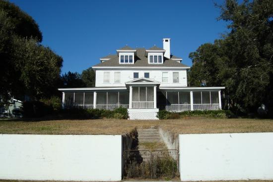 Old home in Mount Dora Florida